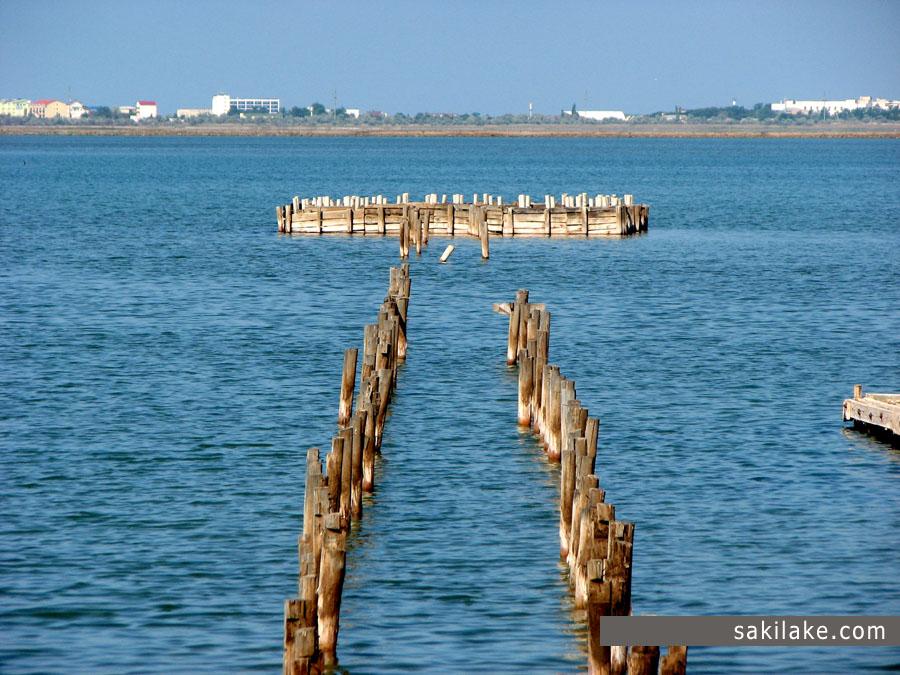 Сакское озеро остатки солепромыслов