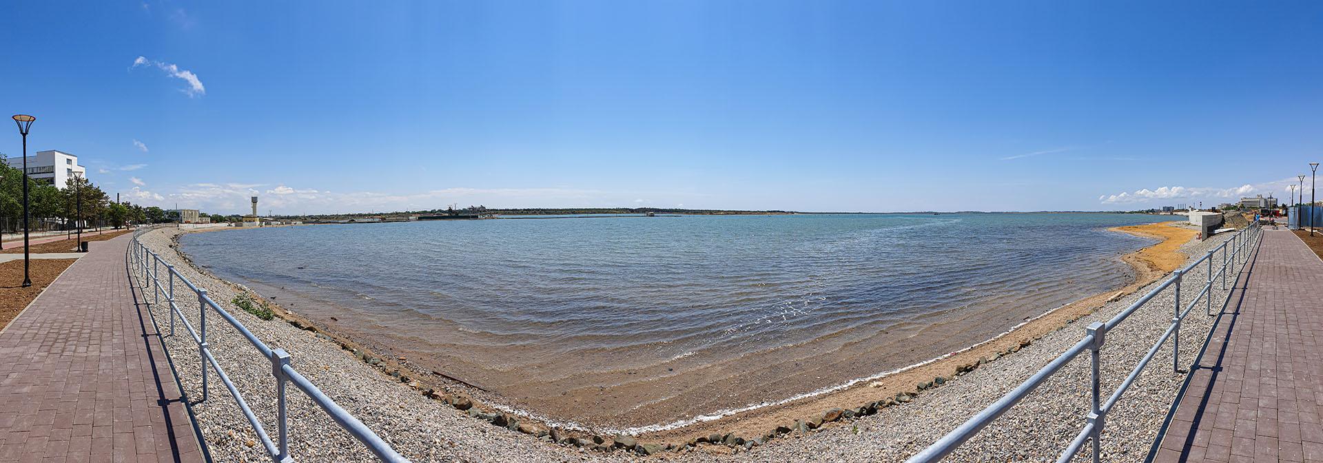 Набережная Сакского лечебного озера